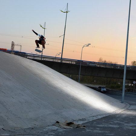 http://www.skateboarding.ru/reading/simg1_297.jpg